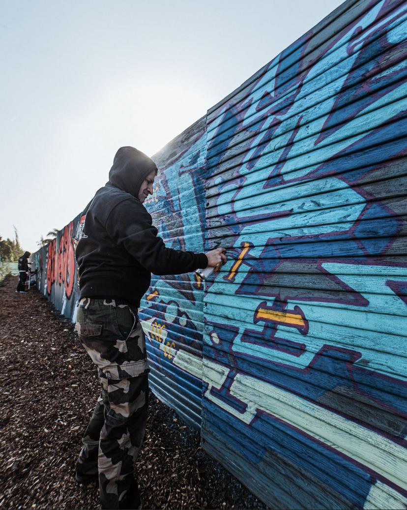 DOLAR ONE IN MODESTO CALIFORNIA CON BLOVED FASM KASM SPAIN GOSPEL GRAFFITI CREW 12